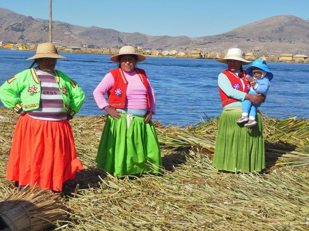 Frauen am Titicacasee