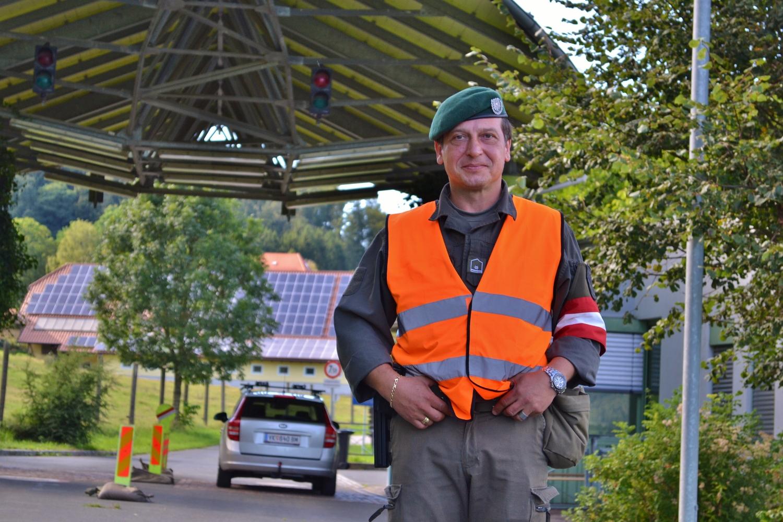 Wachtmeister Martin Müller am Grenzposten Leifling
