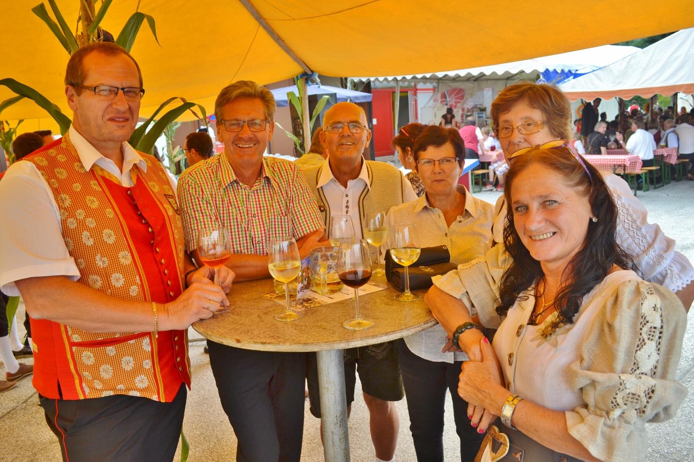 Bürgermeister Helmut Sampt aus Neuhaus am Klausenbach zu Gast bei der Dorfgemeinschaft Schwabegg