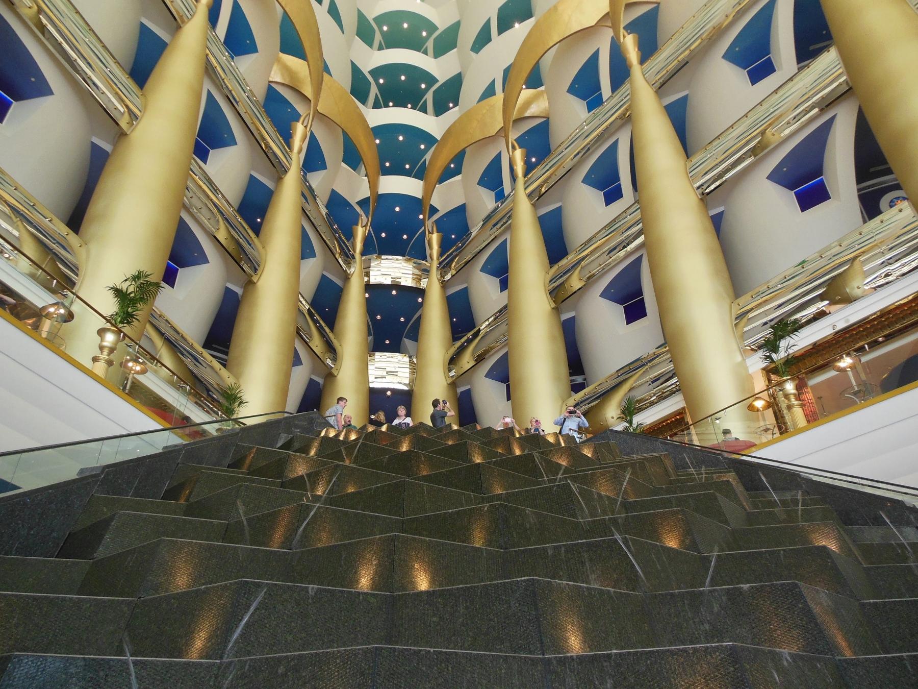 Burj al arab Foyer (1800x1350) - Kopie