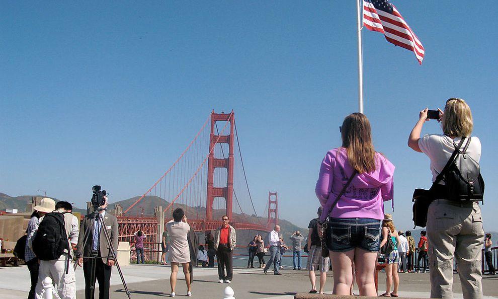 Themenpaket-75-Jahre-Golden-Gate-Bridge_1495796191616695_v0_h