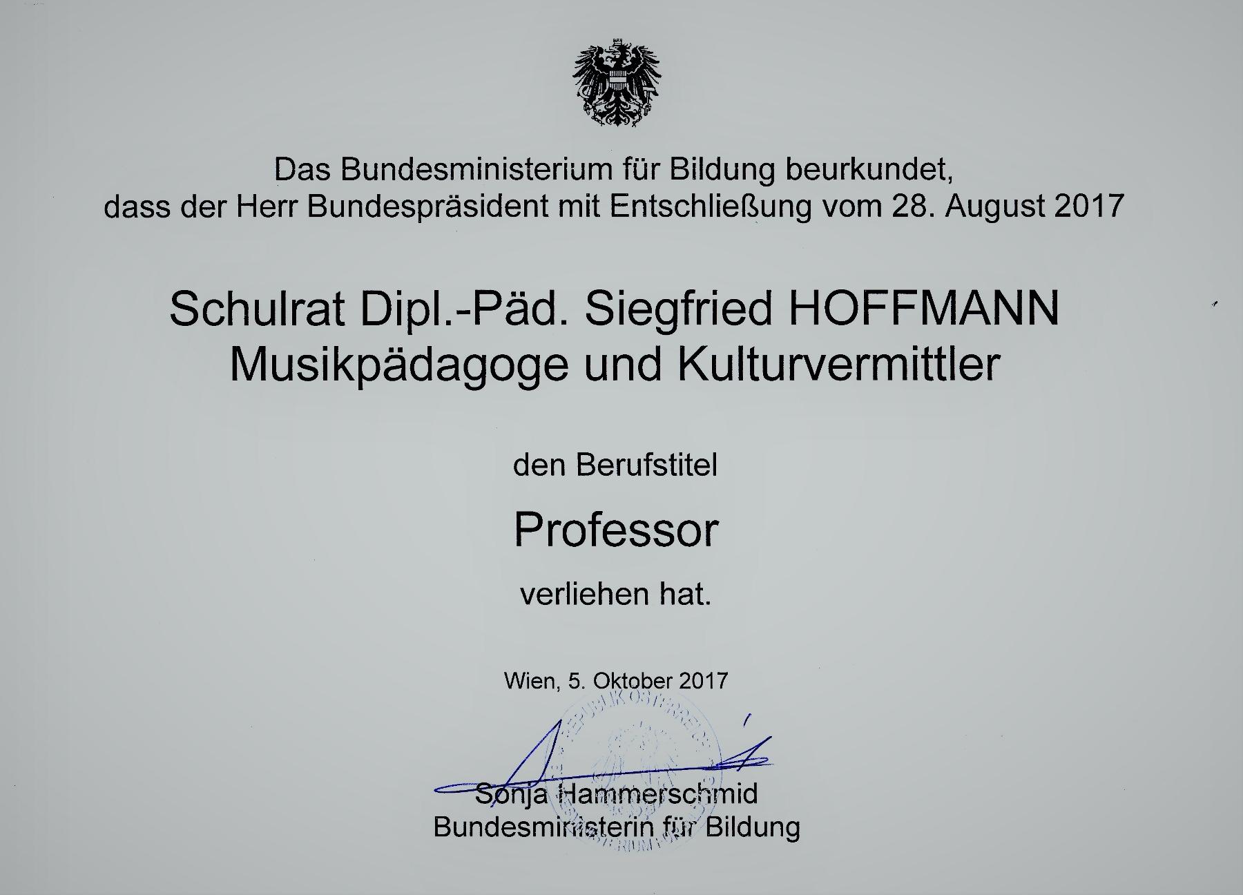 Urkunde Titelverleihung (1800x1296)